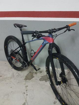 "Bicicleta MTB Orbea Alma M25 29"" Carbono Rígida"