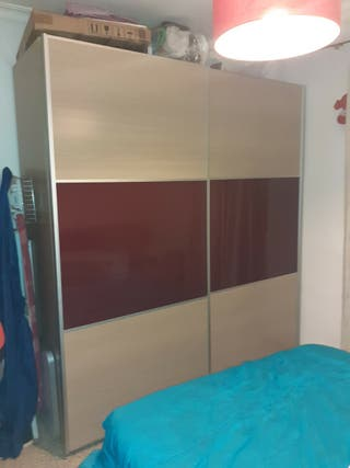 dormitorio matrimonio armario cabecero mesillas