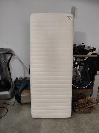 colchón Ikea 80cm.x 200cm muy buen estado