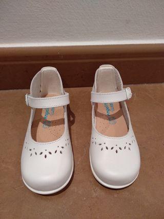 Zapatos talla 24