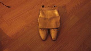 zapatos y bolso a juego