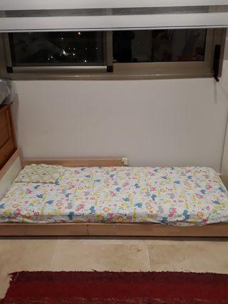 cama Montessori ikea con colchon
