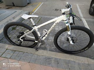 "bicicleta santa cruz ,modelo juliana 29"" talla S"