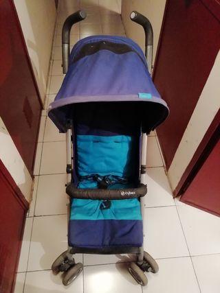 Se vende silla de paseo Cybex Onix