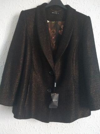 abrigo marrón Síntesis, sin estrenar