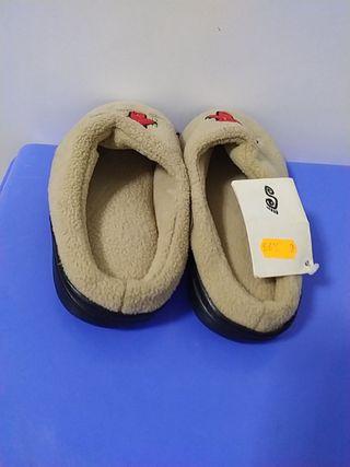 """Zapatillas Niño,a""""N°32_33"""" Nuevas"""