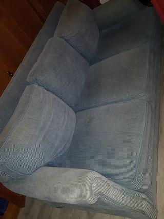 sofá 3 plazas con puff
