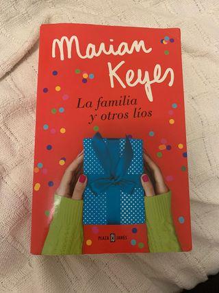 La familia y otros líos de Marian Keyes