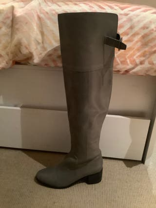 Grey knee high leather boots. Size 5 UK / 38 EUR