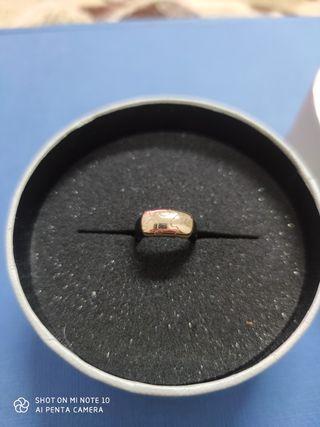 anillo Tous caucho y oro de 18 quilates