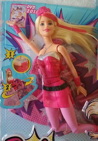 Muñeca Barbie Super Princesa Kara Nueva