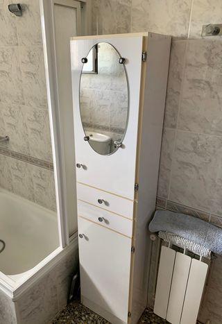 Mueble auxiliar de baño alto