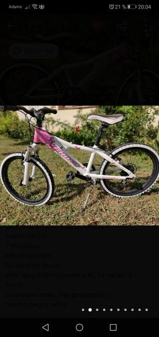 """Bicicleta Ghost de 20"""" infantil"""