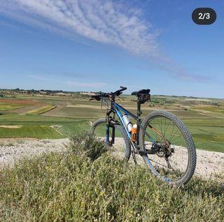se vende bicicleta MTB 29 ghost