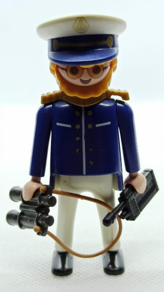 4642 Capitán de crucero de Playmobil