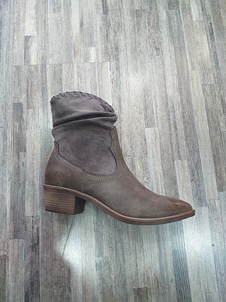 botin marron khaki tacon