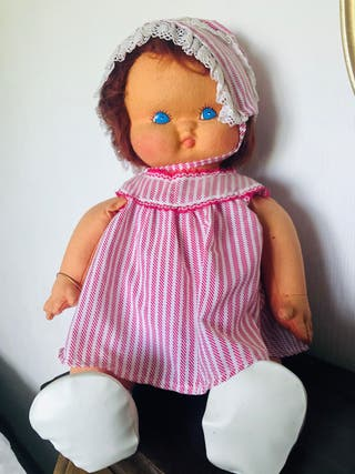Muñeca de fieltro años 80