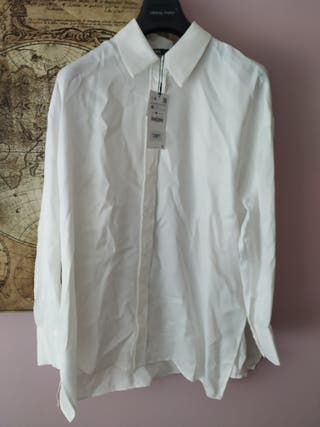Camisa satinada de Zara
