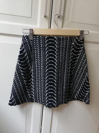 Falda de Zara, talla XS, un solo uso