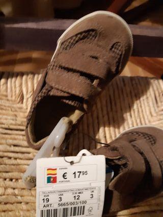 Zapatillas Zara Bebé sin estrenar T.19