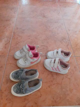 bambas y zapatos niña estan practicamente nuevas