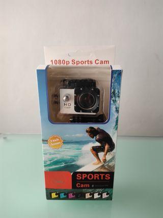 Mini cámara deportiva sumergible.