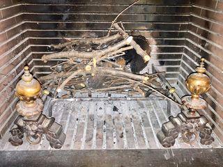 Morrillos antiguos para chimenea