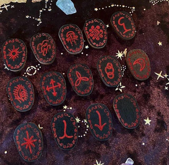 runas de bruja