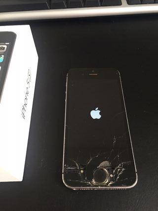 Apple iPhone 5S 16 Gb para piezas con caja