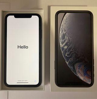 iPhone XR de color negro con 128gb