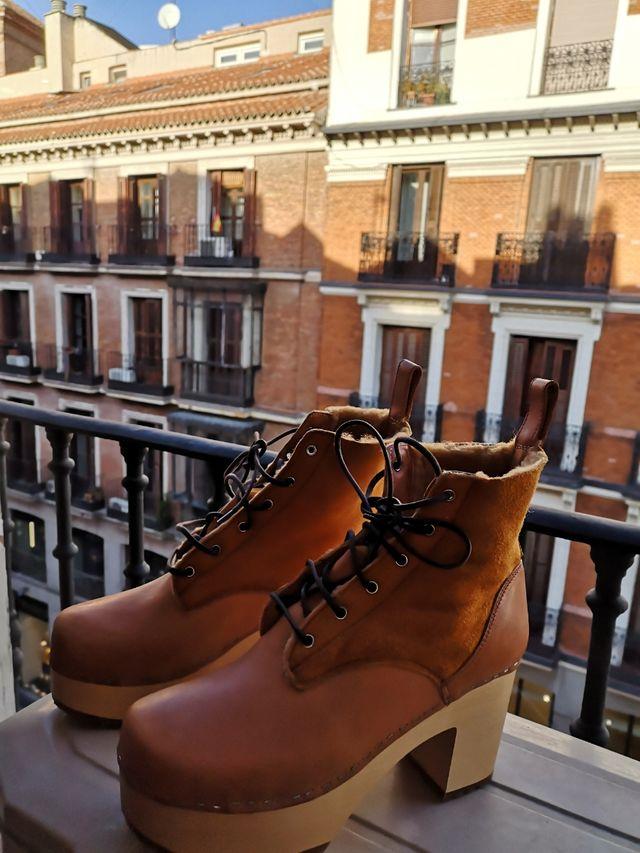 Botines Swedish Hasbeens cuero marrón