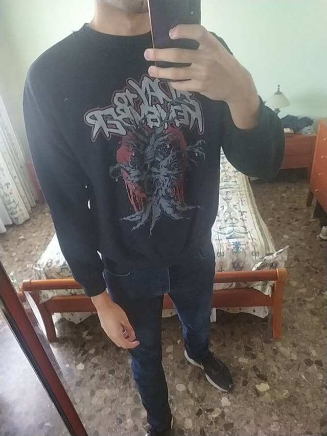 sudadera a day to remember