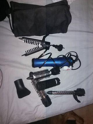 secador con varios accesorios