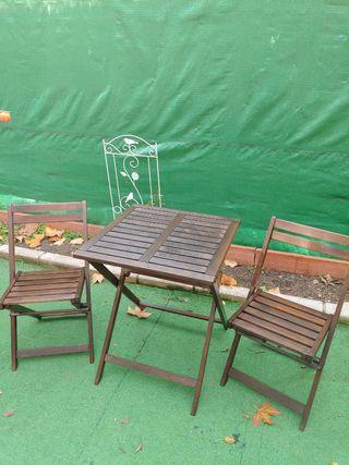 Mesa y silla jardin