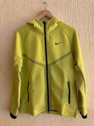 Chaqueta Nike Windrunner M
