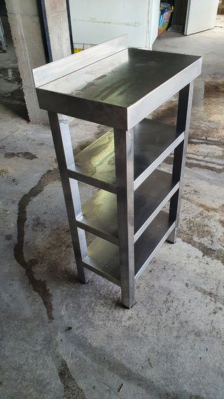 Mesa/estanteria hosteleria