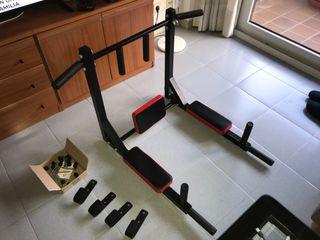 Soporte para dominadas y triceps 2 en 1