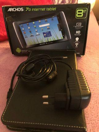 Tablet 7 pulgadas y funda con teclado