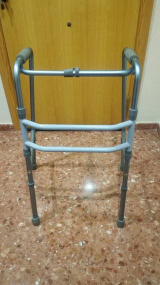 andador ortopédico ancianos
