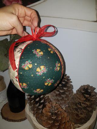 Bola de Nadal decorativa artesanal