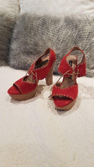 Zapatos tacón Lorena Carreras plataforma sandalia