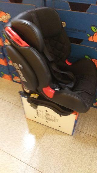 se vende silla de coche grupos 1,2,3 hasta 36kg