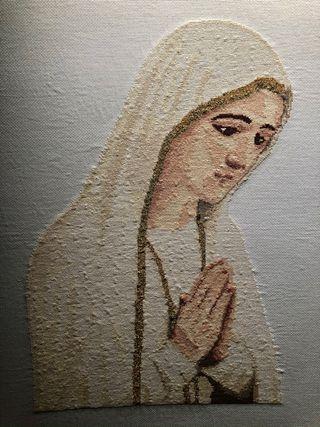 Cuadro a punto de cruz de la Virgen de Fátima