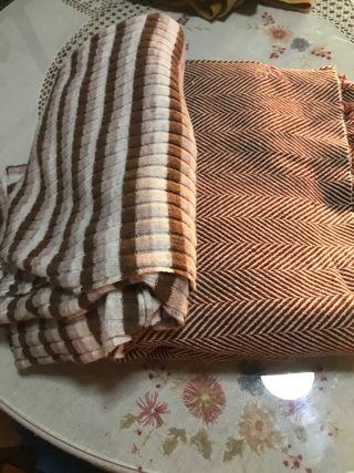 Piezas de lana y paño para hacer abrigo y vestido