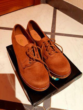 zapatos de invierno nuevos