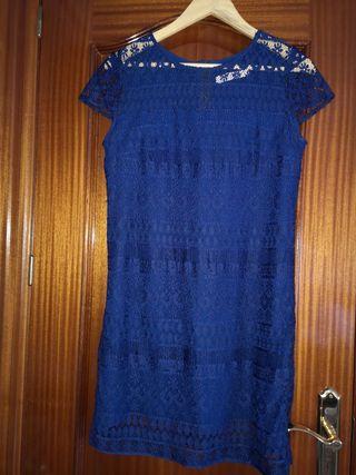 Vestido señora de guipur manga corta