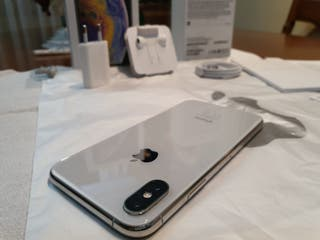iPhone X Silver - 64 GB * CAMBIOS *