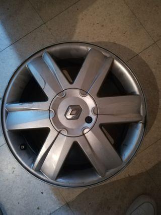 Llantas aluminio 205 55 rd16 Renault Megane 2