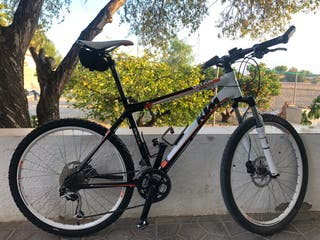 Bicicleta MTB KTM