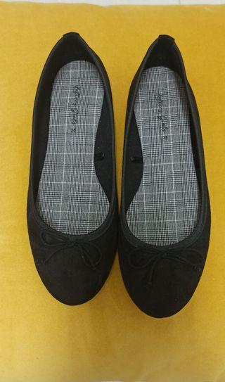 Zapatos/ Bailarinas niña 35
